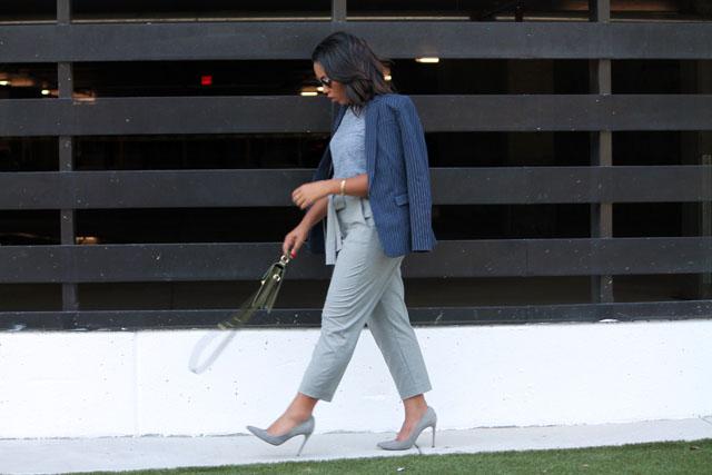 10-banana-republic-pinstripe-blazer-jcrew-trousers-urban-outfitters-sunglasses-womens-fashion.jpg