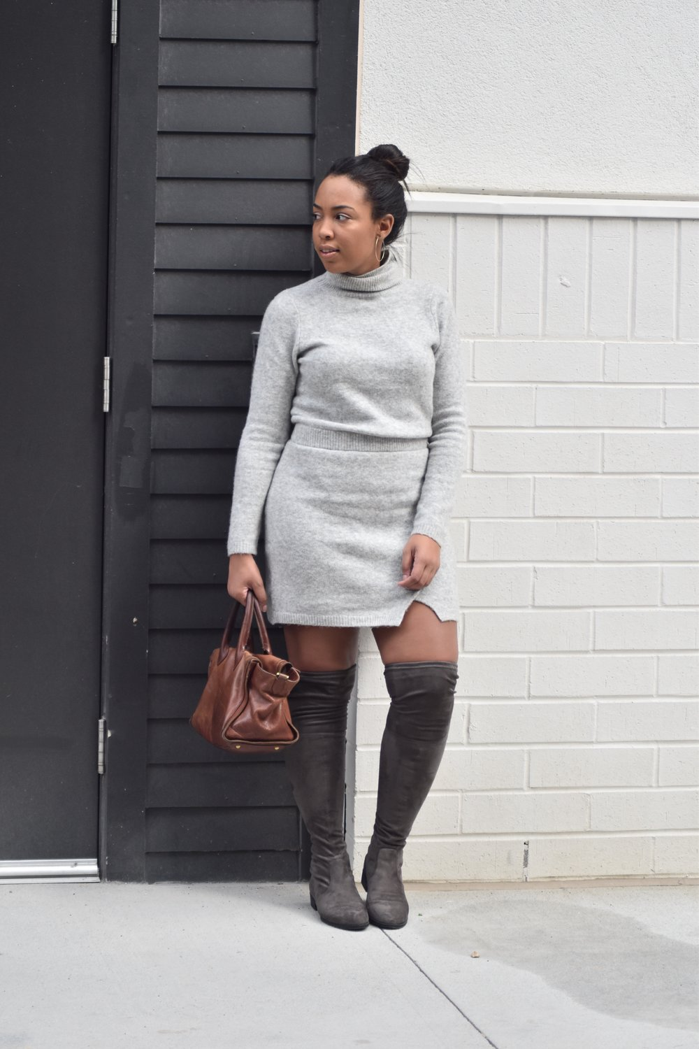4-asos-sweater-dress-guess-factory-simplee-over-the-knee-boots-stuart-weitzman-lowland-boot-dupe-gray-fall-womens-fashion.JPG