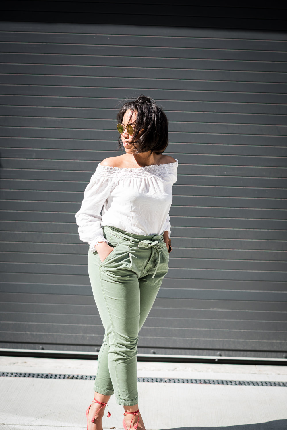 gap-paper-bag-waist-chinos-off-the-shoulder-blouse-jcrew-tassle-pumps-round-sunglasses-urban-outfitters-spring-fashion-6.JPG
