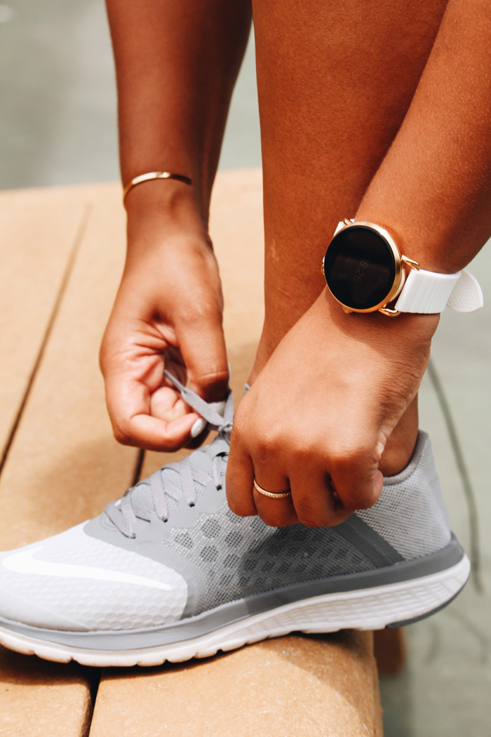 Fossil-Partners-Fossil-Firsts-Fossil-Sponsored-Watch-Q-Wander-Smartwatch-tennis-athleisure-womens-fashion-nike-gapfit