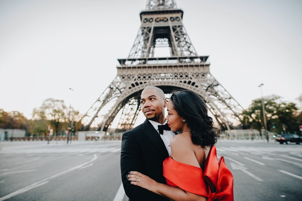 engagement-shoot-fame-and-partners-the-black-tux-eiffel-tower-13.JPG