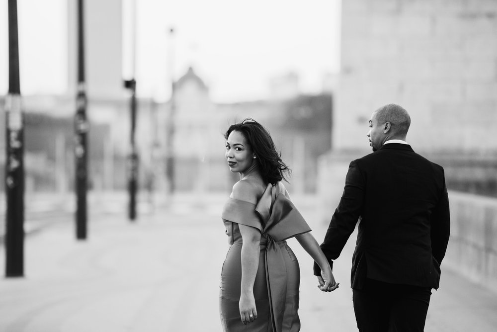 engagement-shoot-fame-and-partners-the-black-tux-eiffel-tower-9.JPG