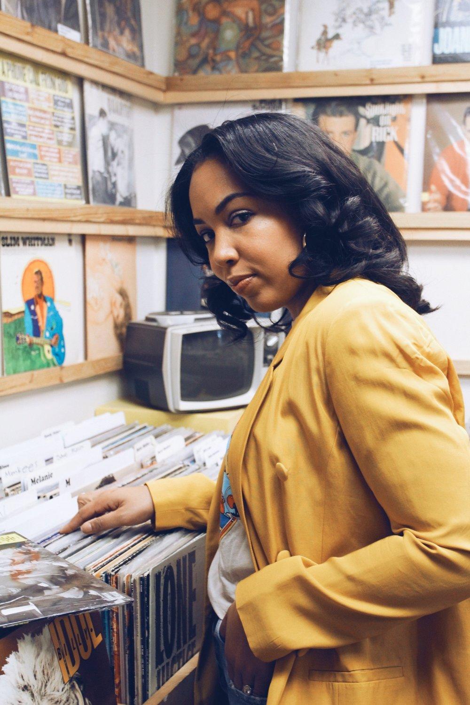vinyl-records-favorite-albums-record-kr8-raleigh-free-people-rolling-stones-graphic-vintage-tee-river-island-blazer-2.JPG