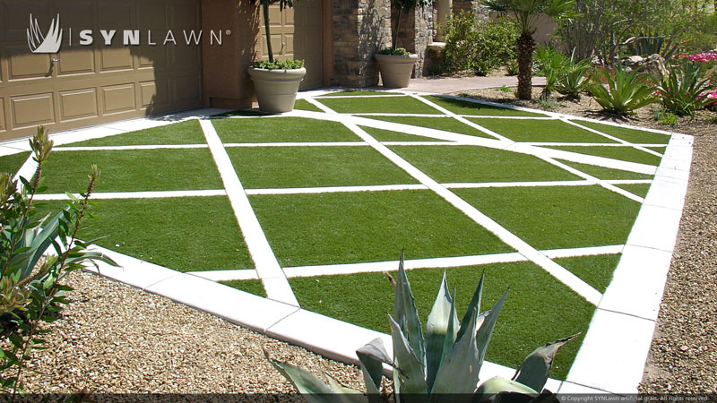 SYNLawn with pavers