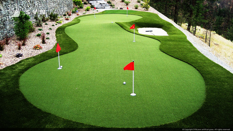 custom synthetic putting green