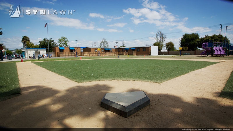 synthetic turf baseball diamond