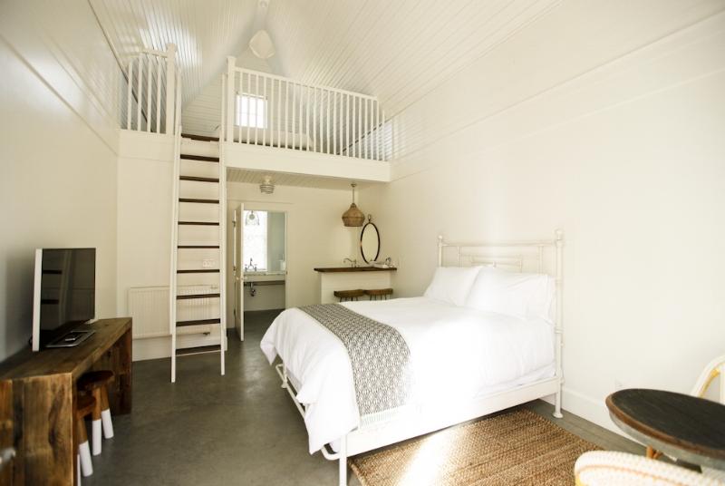 Cottage Double Queen 1.jpg