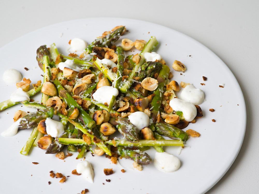 15-minute asparagus salad