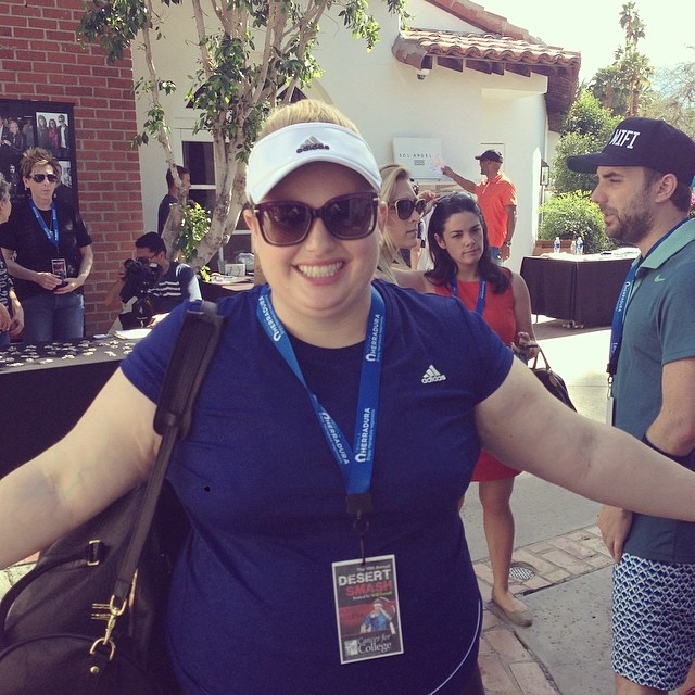 Look who just showed up to the Desert Smash! Rebel Wilson ready to kill it in the Pro Exhibition for @cancerforcollege. #desertsmash