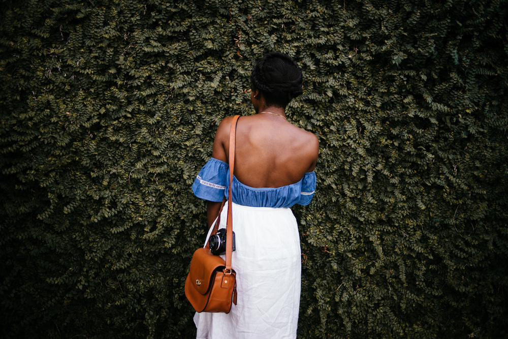 The best camera bags for stylish girls | Asiyami Gold