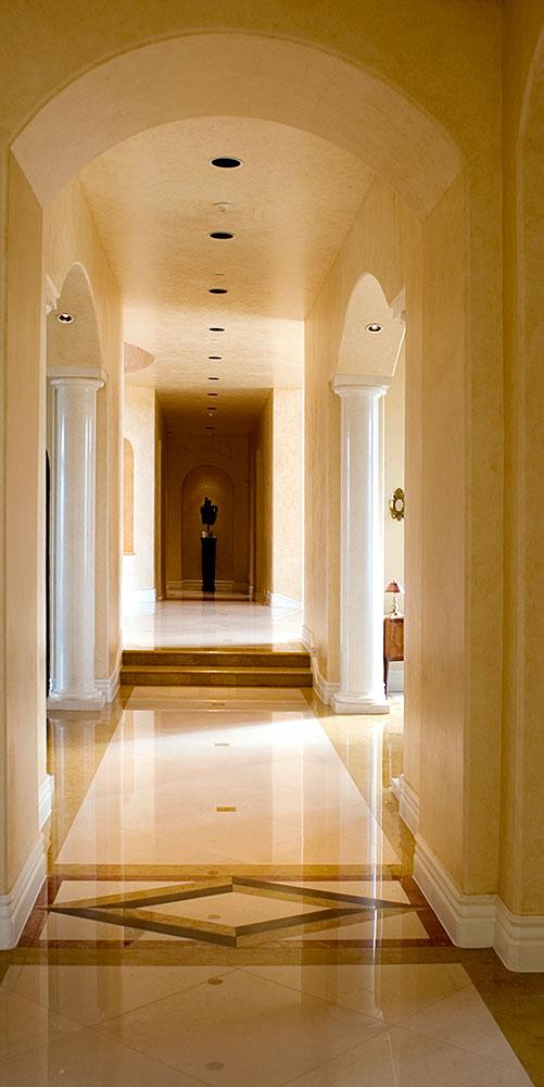 Hallway_01.jpg