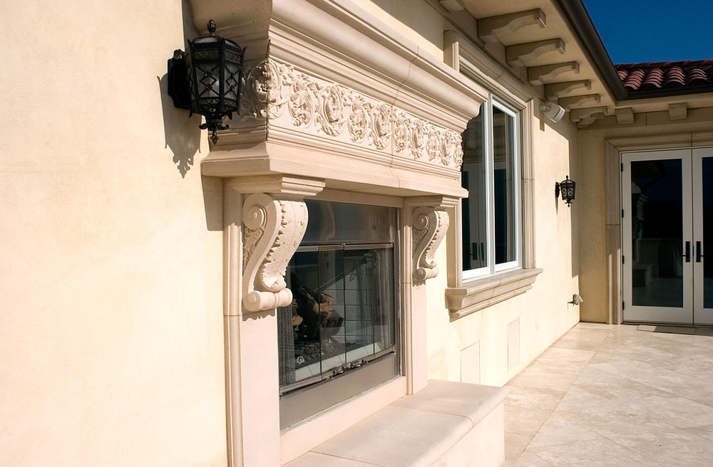 BalconyFireplace_02.jpg