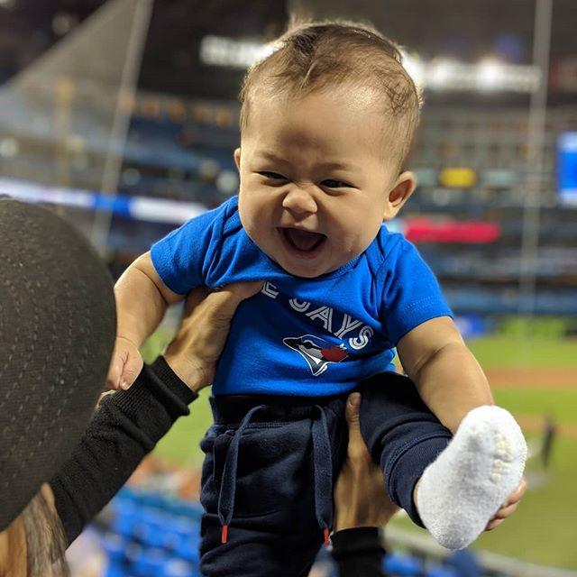His first game! Pure excitement in his face 😊 let's go Blue Jays! @bluejays #torontobluejays #toronto #bluejays #letsgobluejays