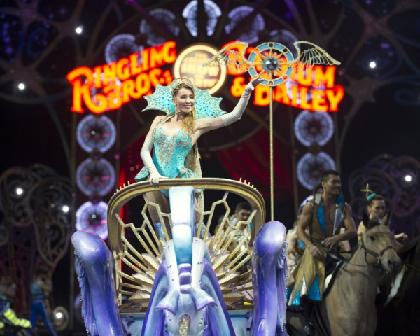 Mermaid-RinglingBros-LEGENDS-SparksofMagic.jpg