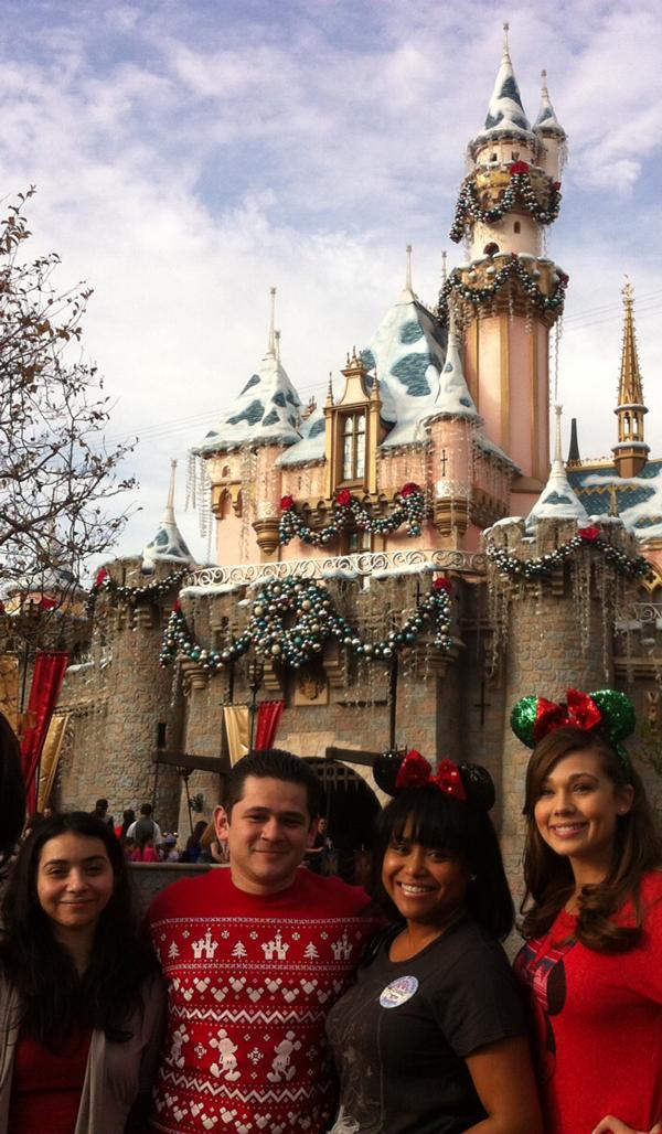 DisneyFam-Holiday.jpg