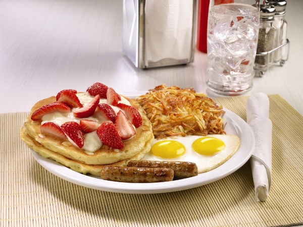 Strawberries and Cream Pancake Breakfast - Image © Denny's