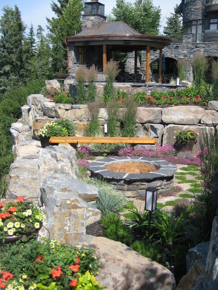 fire-pit-stone-retaining-walls-landscape