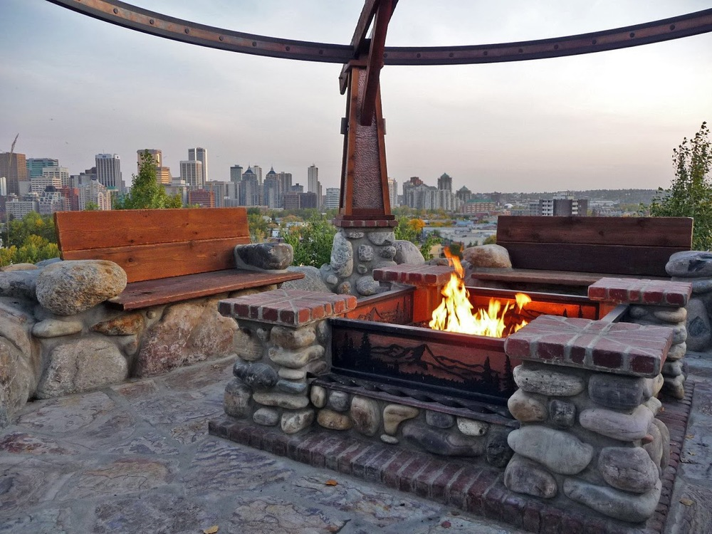 outdoor-fire-pit-area