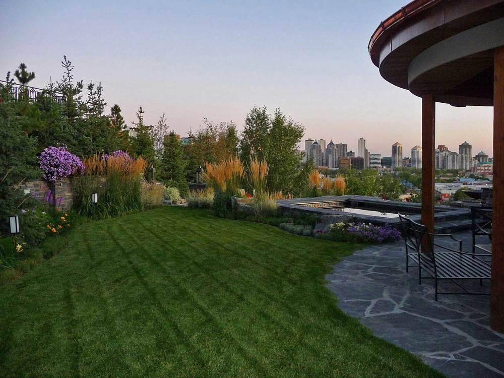 rosedale-2_lawn-&-garden.jpg