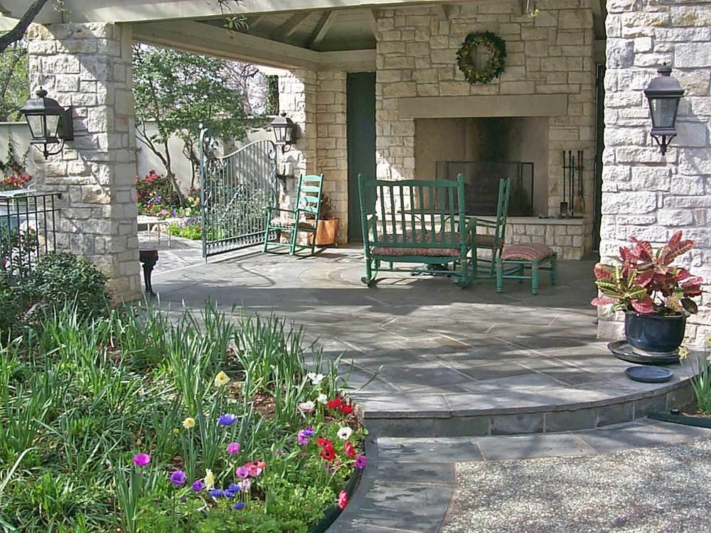 jourdan-way_outdoor-living.jpg