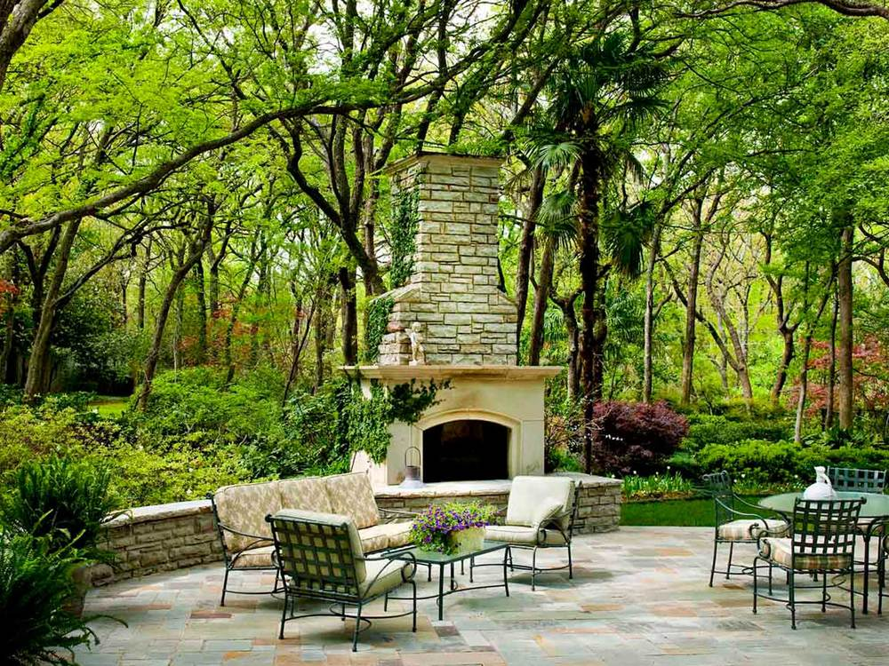 outdoor fireplace in natural setting