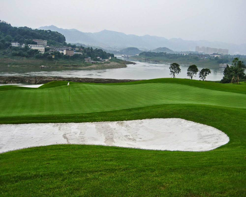 chongqing-riverview_golf-course_hole-x3.jpg