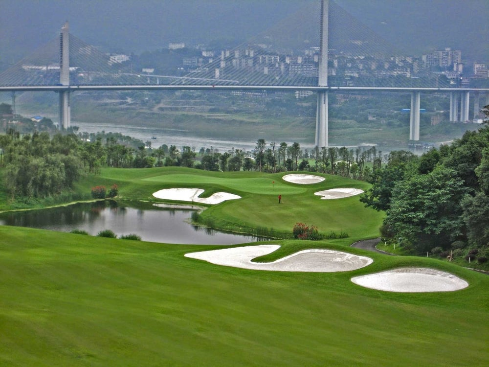 chongqing-riverview_golf-course.jpg