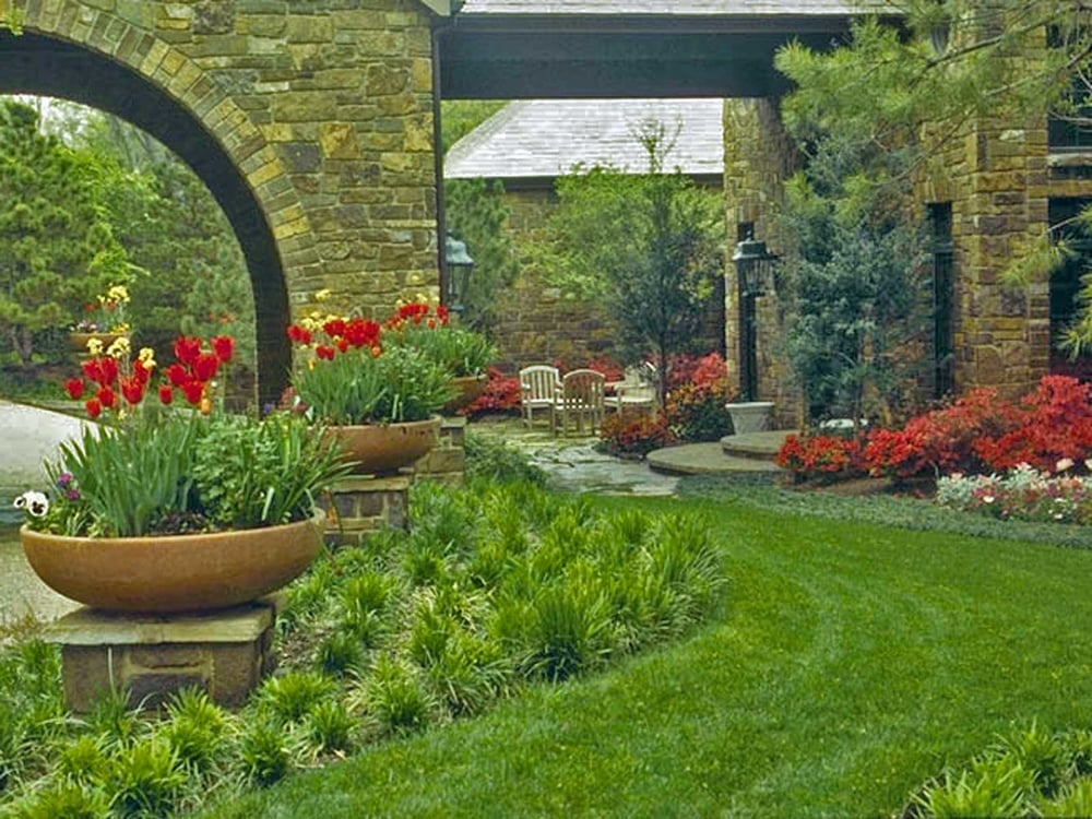 entry garden landscaping