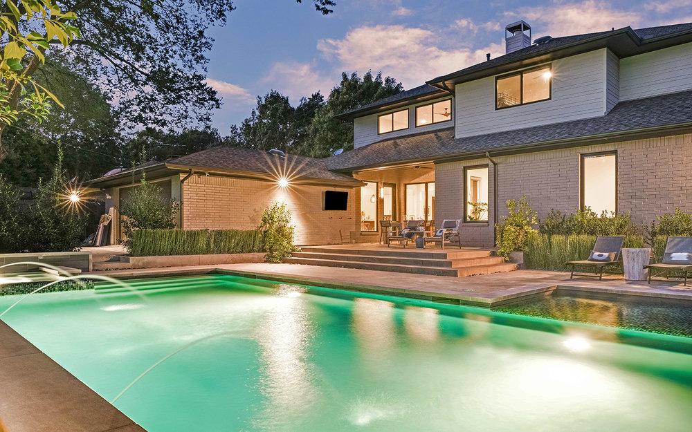 sunnyland-modern-pool-evening.jpg