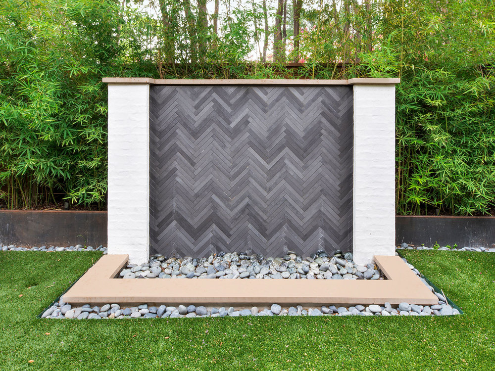 ddla-design-pemberton-modern-wall-fountain.jpg
