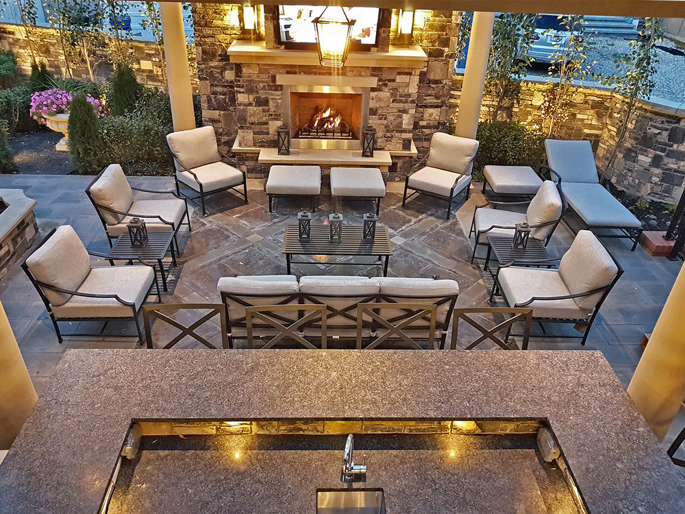 ddla-design-calgary-outdoor-living-fireplace.jpg
