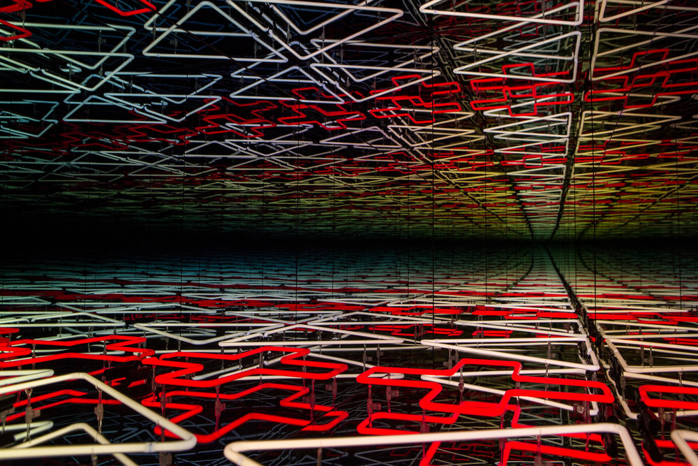 Robert Jahnke, Ata tuatahi, 2016, MDF, paint, neon, one way glass, mirror, electricity, 1473 x 1506 x 1450mm (01-7).jpg
