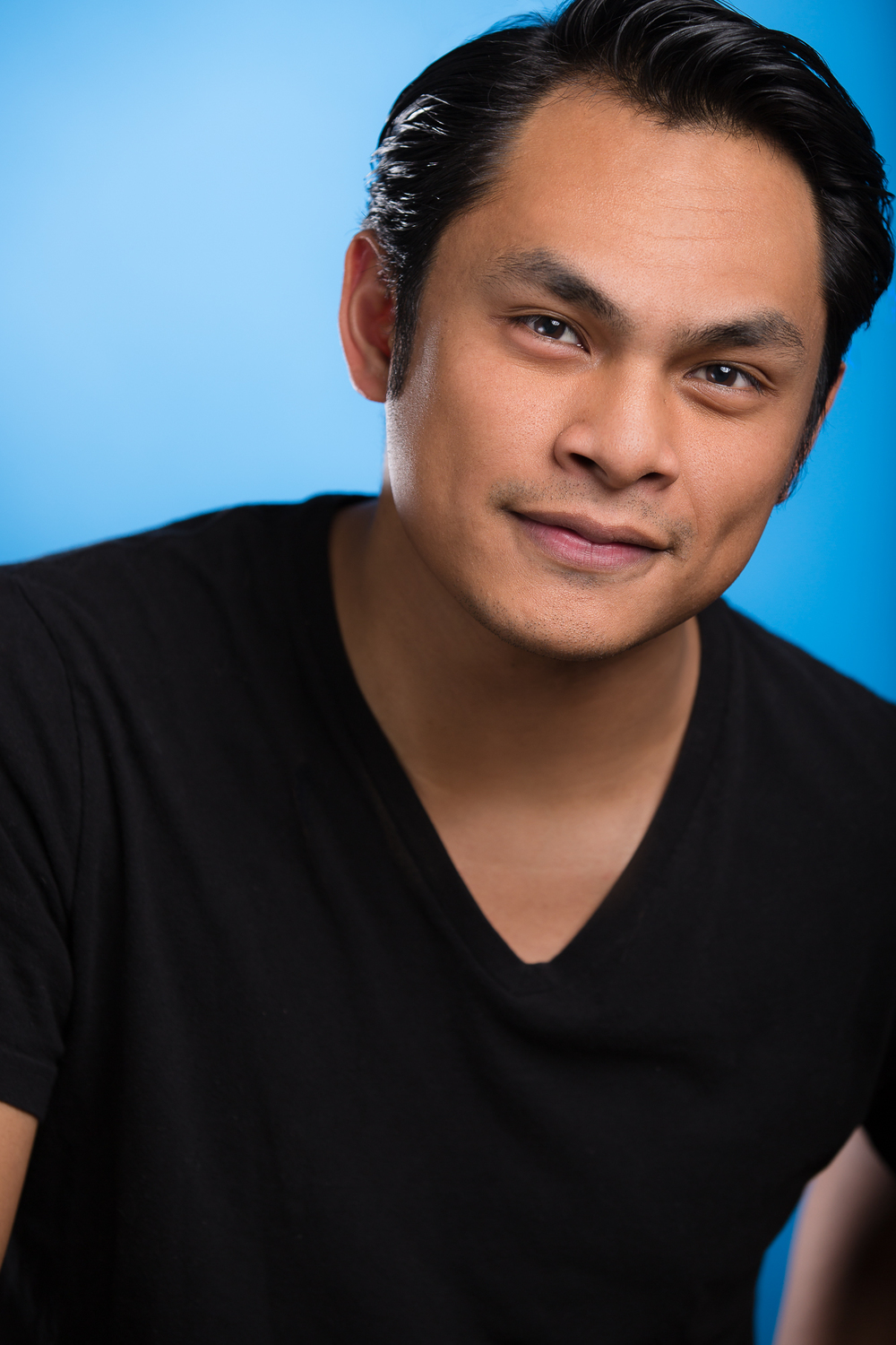 Devo Uy Headshots-047-Edit.jpg