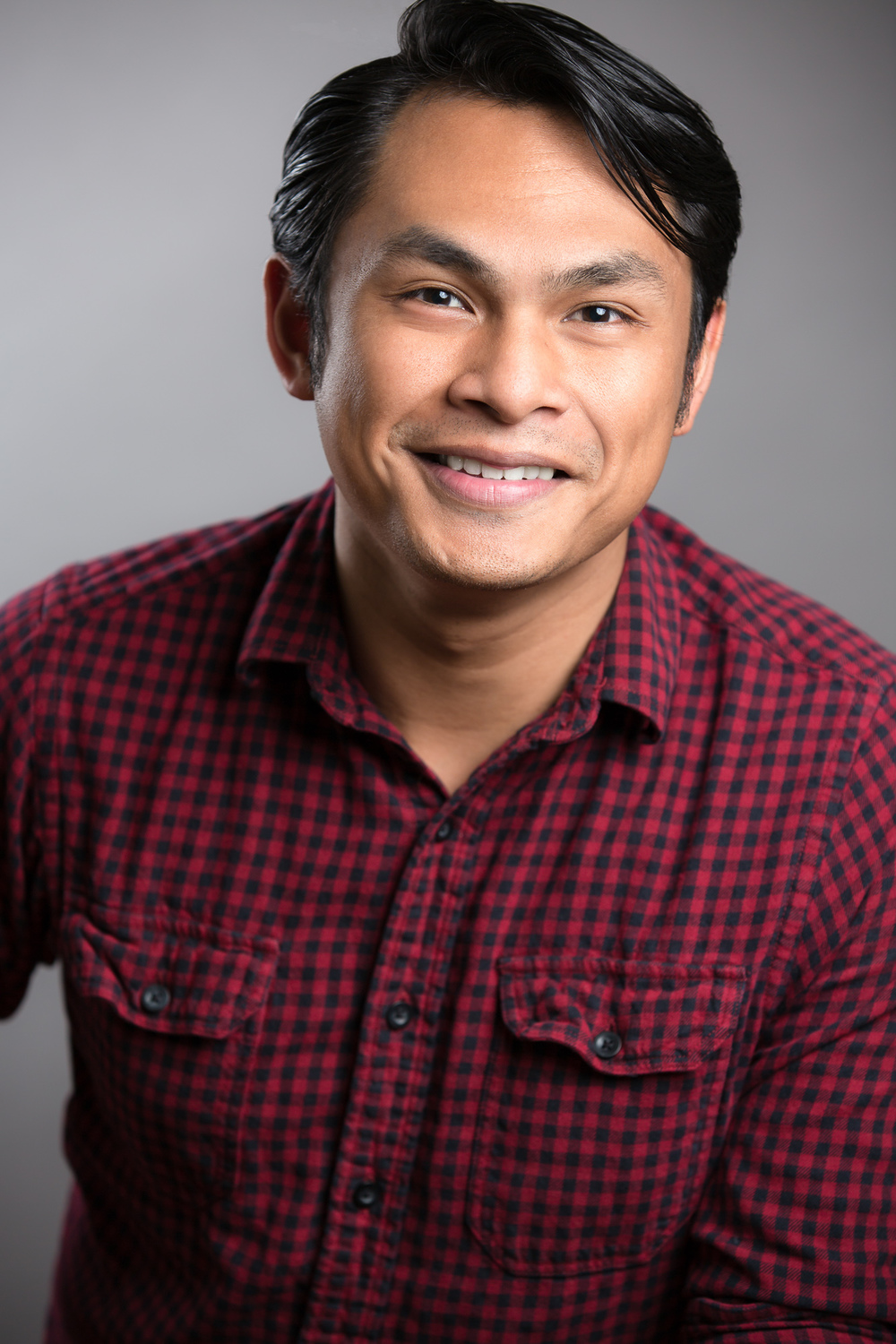 Devo Uy Headshots-143-Edit.jpg