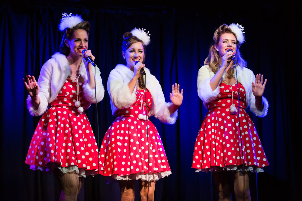 089_The Beverly Belles - Jingle & Mingle 2015.jpg