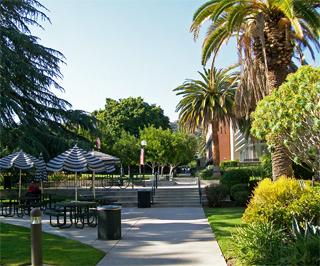 embassy_summer_schools_los_angeles_woodbury_campus.jpg