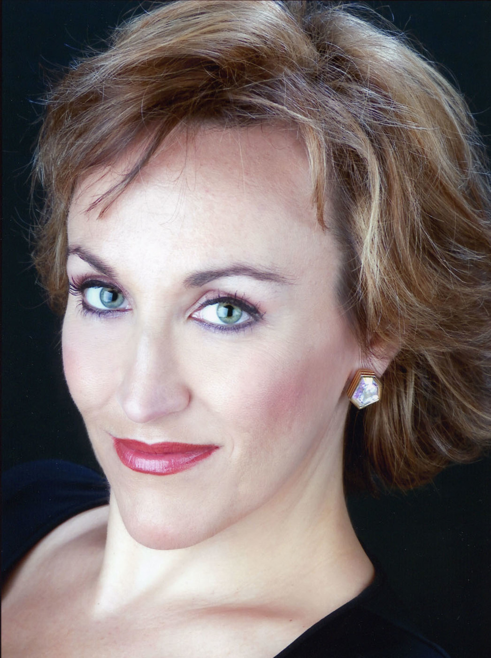 Renowned soprano Emily Pulley sang the lead role of Peregrina