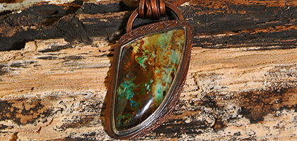 gem-silica-copper-pendant-blog.jpg
