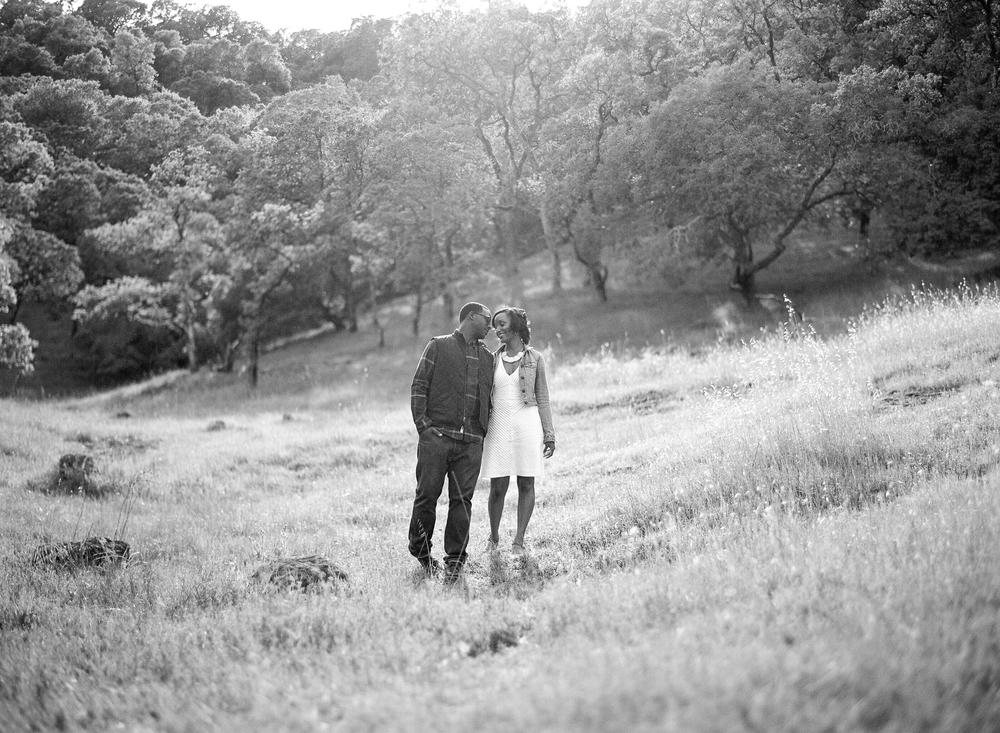 rockville-hills-regional-park-engagement-session-samantha-kirk-photography