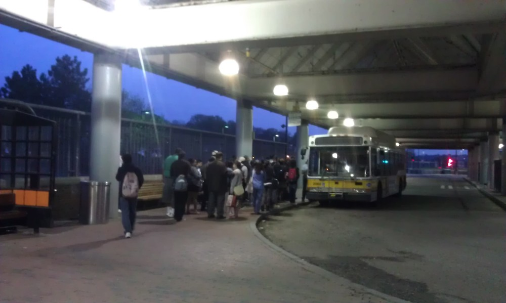 IMAG2210 forest hills bus.jpg