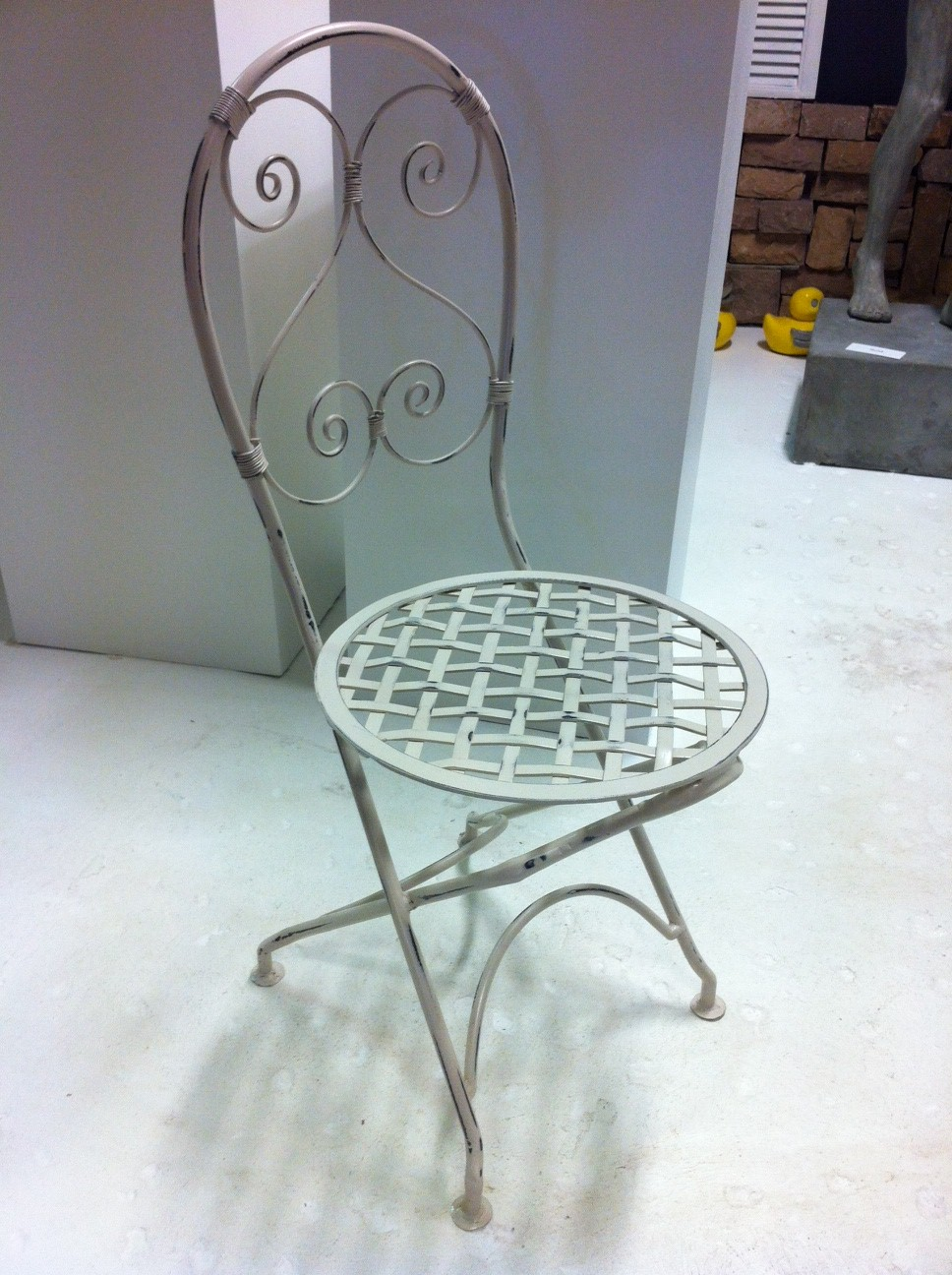 French Heart Lattis round chair..jpg