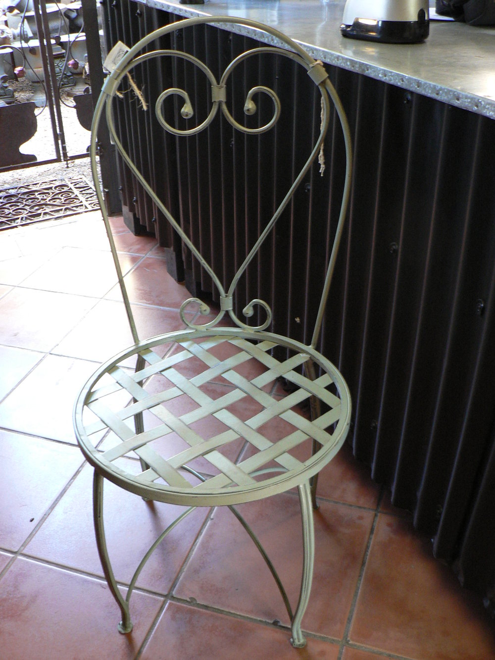 French Heart Chair (2).JPG