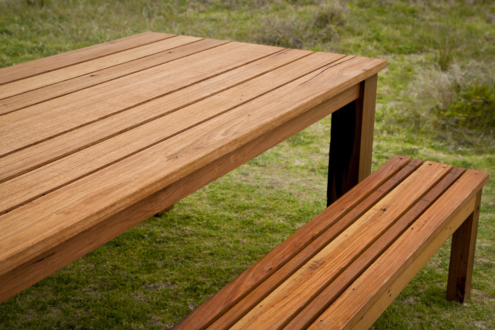 blackbutt outdoor dining table