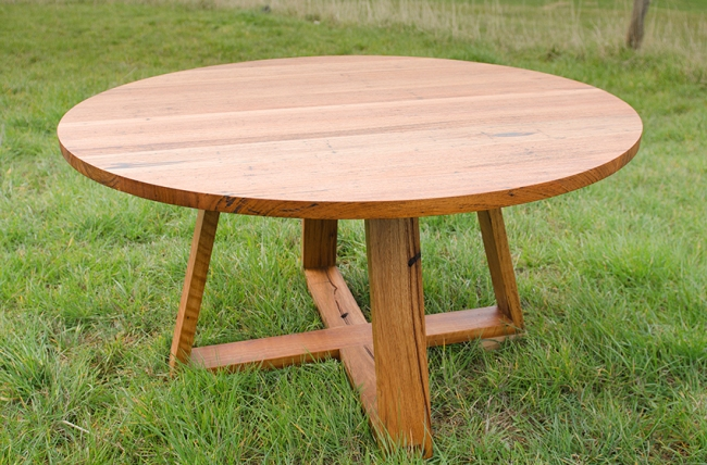 Round dining tablescustom timber dining tables