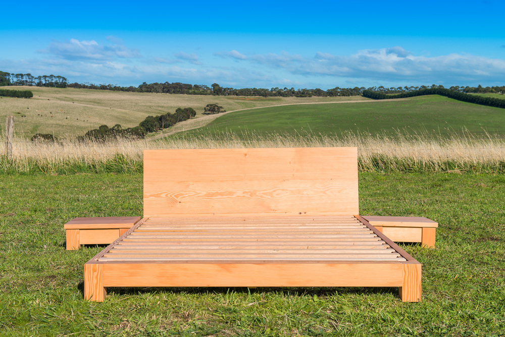 blue moon recycled timber bed