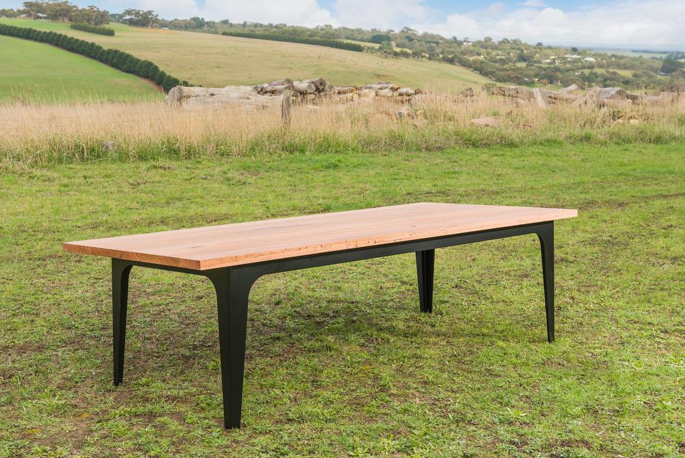 matte black leg table