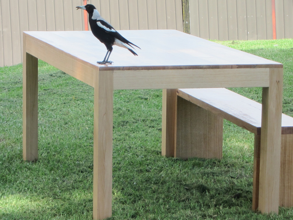 Solid legs timber bench seat