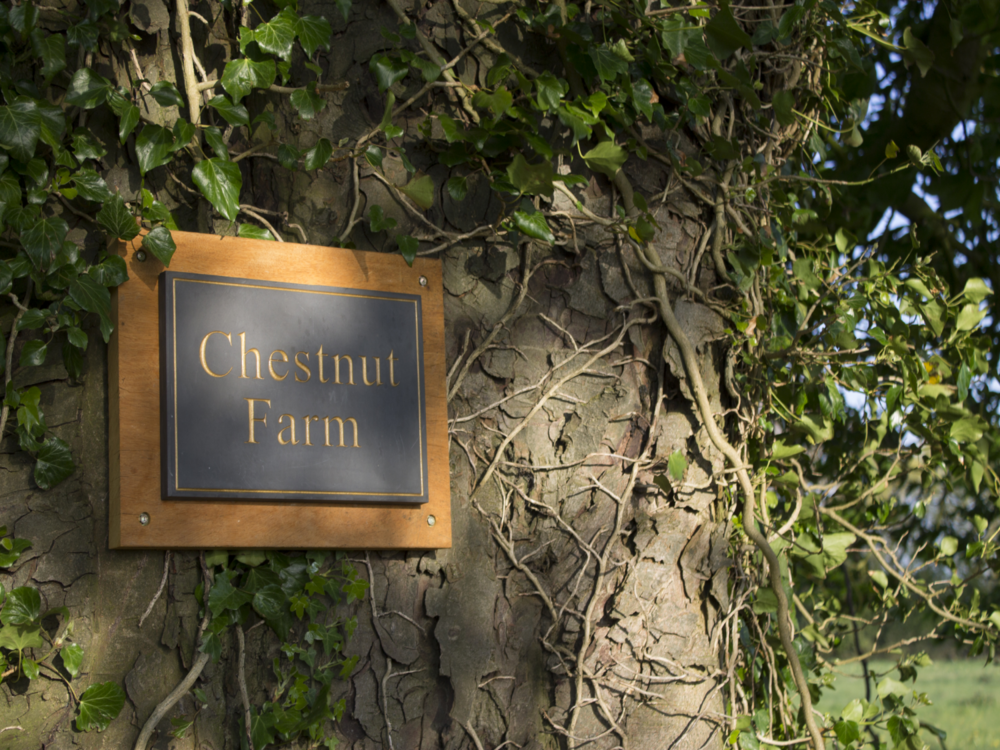 chestnutfarmsign