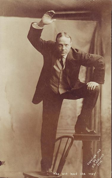 https://upload.wikimedia.org/wikipedia/commons/e/eb/Billy_Sunday2.jpg