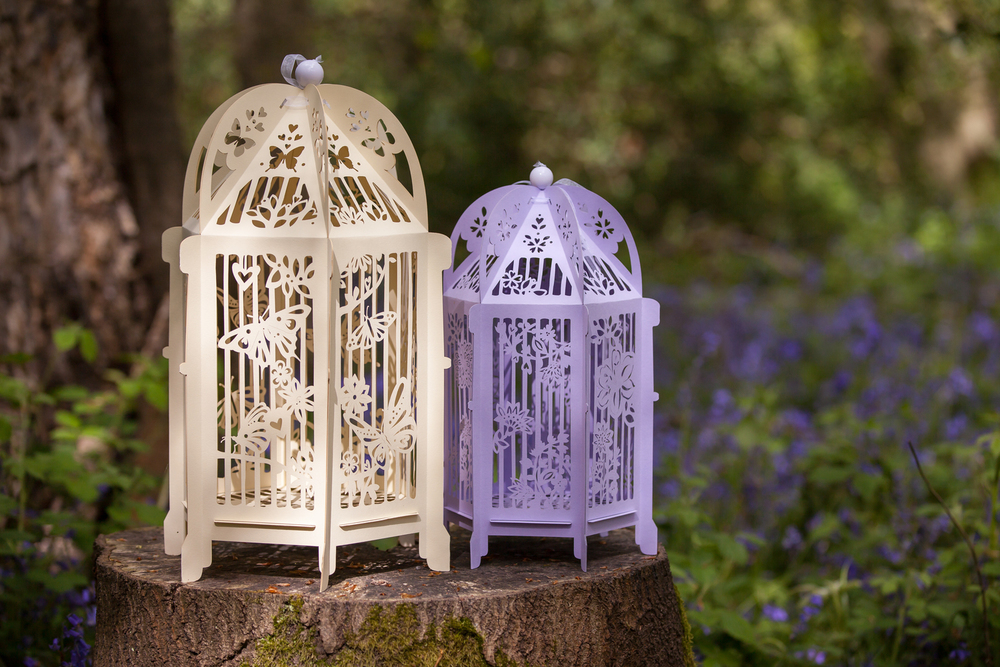 vintage-personalised-wedding-birdcages.jpg